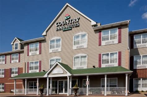 comfort inn crystal lake il country inn suites by carlson crystal lake updated