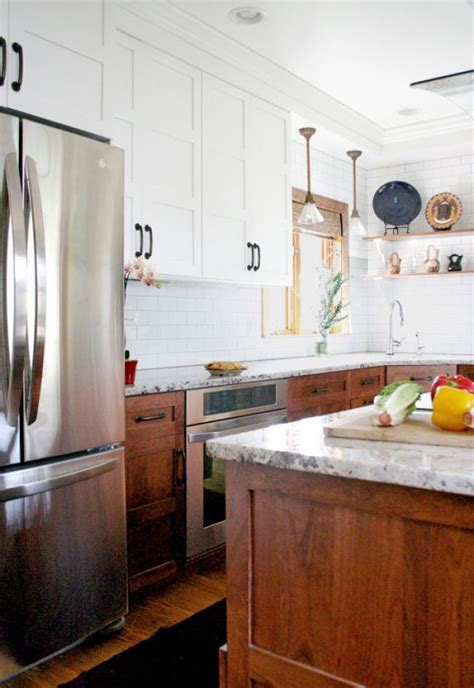 two toned stained kitchen cabinets 25 best ideas about two tone cabinets on two tone kitchen cabinets two toned