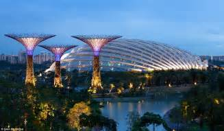 solar lights singapore gardens by the bay supertrees of singapore light up