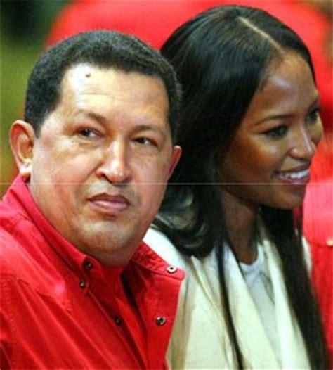 Supermodel Cbell Visits Chavez by Cbell Visit 243 A Hugo Ch 225 Vez Tv Y Espect 225 Culos