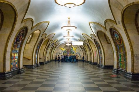 moscow train station moscow subway stations are so beautiful you should visit