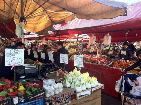 torino mercato di porta palazzo porta palazzo a torino piemonte ecoturismonline