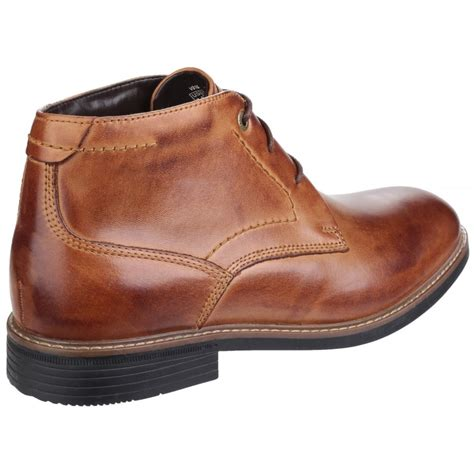 rockport classic lace up chukka s brown boots