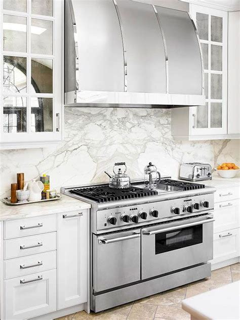 alternatives to glass front cabinets 1000 images about mirrored kitchen cabinet doors on