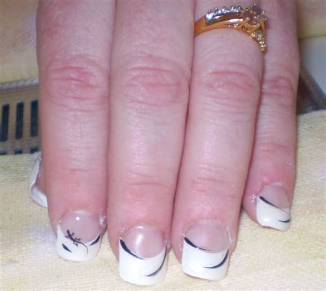 Décoration Pour Les Ongles by Decoration Ongle Simple