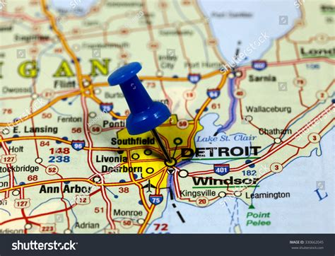 map of usa detroit map with pin point of detroit in usa stock photo 330662045