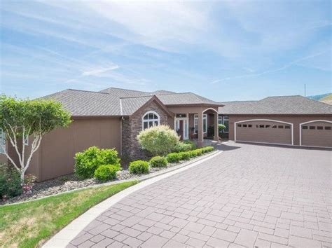 houses for sale wenatchee every detail wenatchee real estate wenatchee wa homes for sale zillow