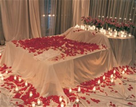 surprise him in bed top 10 romantic but cheap anniversary ideas to surprise your sweetheart crocktock com