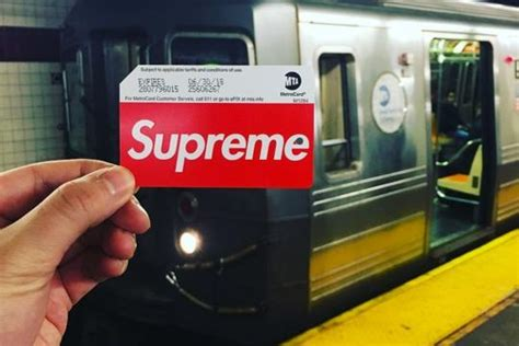 Metro Gift Card - meanwhile in ny limited edition supreme metro cards got hypebeasts crowding up subway