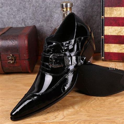 Korean Addicted Leather Shoea korean pointed wedding shoes patent leather business