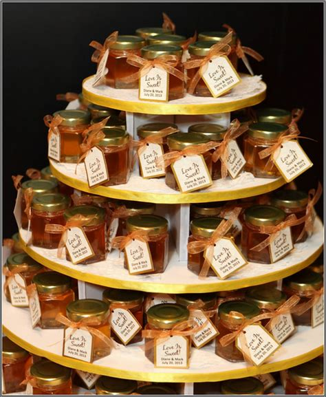 small jars of honey wedding favors wedding themes for 2015 the west the