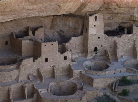 the cliff dwellers of the mesa verde southwestern colorado their pottery and implements classic reprint books the cliff dwellings of mesa verde