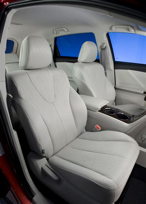 Toyota Venza Seating 2012 Toyota Venza Front Seating 2 Photo 36