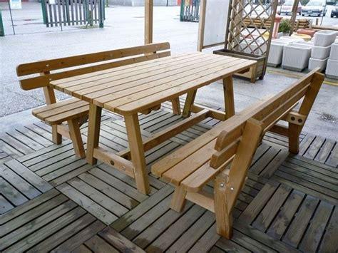 panchine in legno per esterni arredamenti per giardino mobili giardino come arredare
