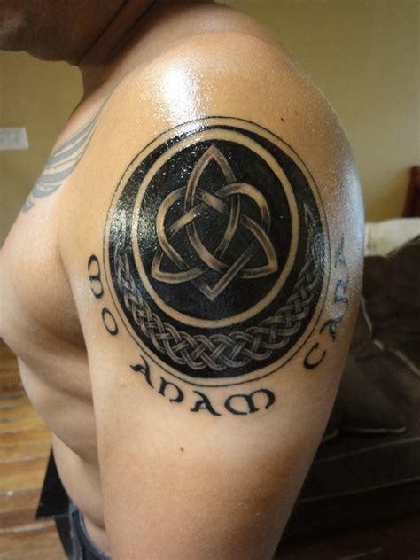 triquetra heart w celtic half moon w mo anam cara my