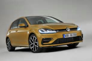 new golf cars 2017 volkswagen golf facelift revealed with new