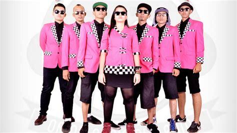 Kemeja Tipe X Regenerasikan Ska Vokalis Tipe X Quot Lahirkan Quot Orind Band
