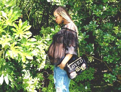 Beyoncé ostenta barrigão com top transparente - Vogue | Gente Fgfdfd