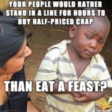 Thanksgiving Day Memes - black friday gt thanksgiving meme guy