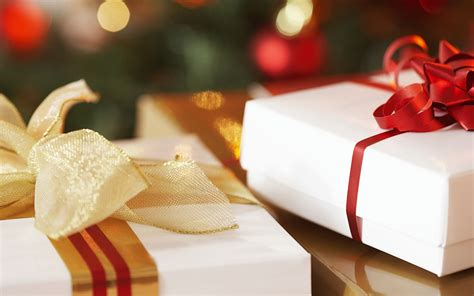 beautiful christmas gifts wallpapers and images
