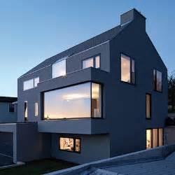 Moderne Hausfassaden Fotos by Modern Bay Window Pop Out Window Seat Home Ideas