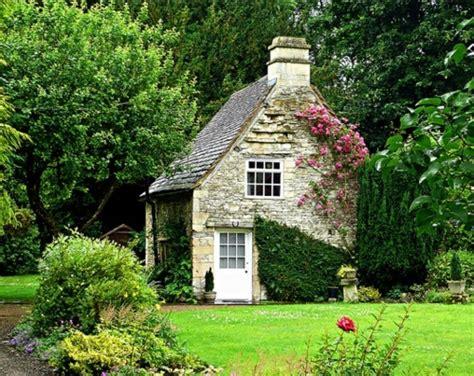 Devonshire Cottages by Garden Cottage Evan Sawyer