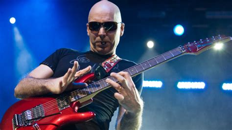 kirk hammett live solo tab joe satriani 10 things you gotta do to play like him
