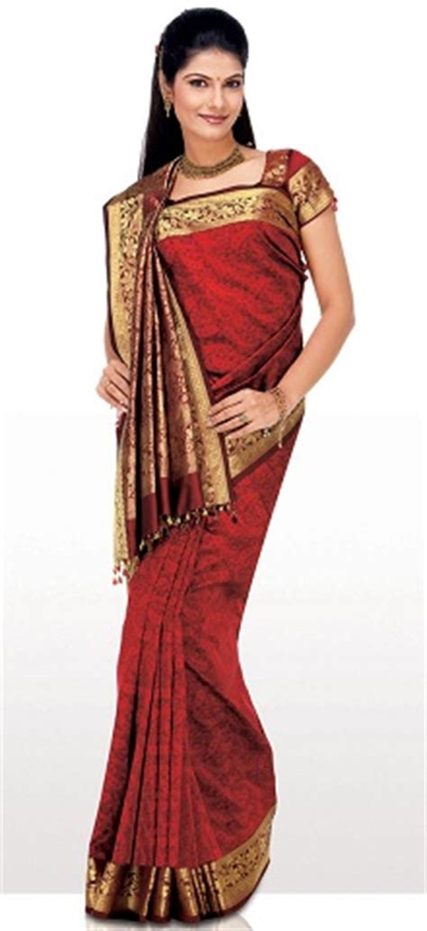 how to drape a heavy saree different ways to wear a saree find your style
