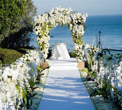 Wedding Tips Flower Ideas by Wedding Ceremony With Flower Arch Wedding