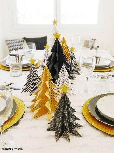 Merveilleux Couvert De Table Pas Cher #4: black-gold-geometric-christmas-table-tablescape-party-ideas05.JPG