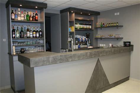 Hauteur Comptoir Bar 4243 by Hauteur Comptoir Bar Bar D 39 Angle 180cm X 140cm En Pin