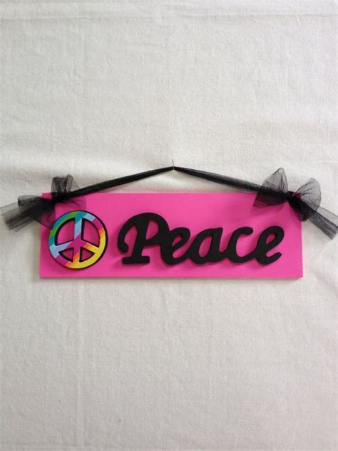 peace sign bedroom decor signs girls and wall decor on pinterest