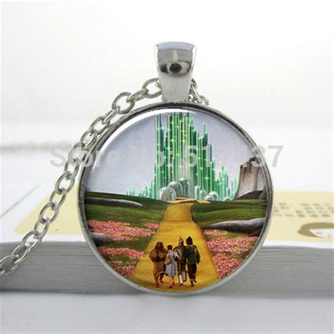 christmas gift yellow brick road oz art pendant necklace