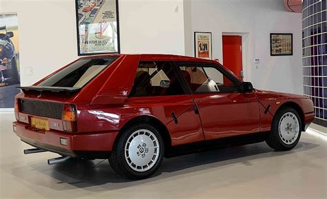 lancia delta s4 specs twincharged hunchback 1985 lancia delta s4 stradale