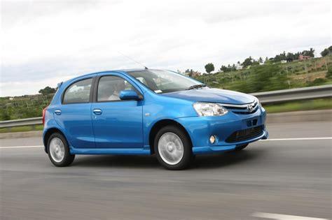 Toyota Etyos Toyota Etios G Sp 2560x1600 Car Picture Cars Prices