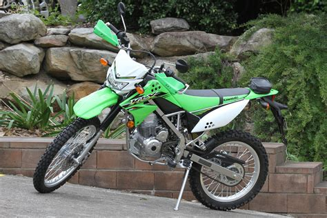 Shock Klx 150 review 2015 kawasaki klx150 lams bike review