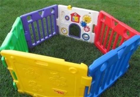 accordian style expanding play yard gate baby pet pen