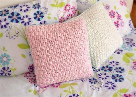 1000 ideas about crochet pillow pattern on