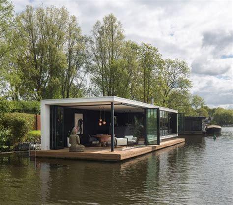 kleine woonboot te koop woonboot vecht modern container home pinterest