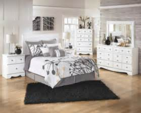 b270 weeki white bedroom set signature design by