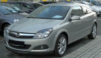 Opel Astra H File Opel Astra H Gtc 1 9 Cdti Front Jpg