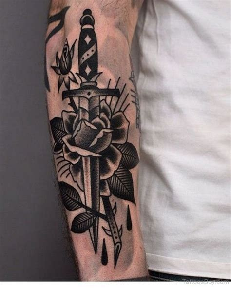 dagger through rose tattoo dagger tattoos designs pictures page 6