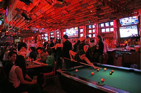 top bars in los angeles best bars to watch basketball in los angeles 171 cbs los angeles