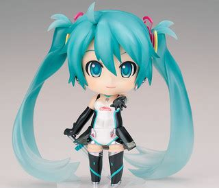 Figma Racing Miku 2011 Ver Returns nendoroid racing miku 2011 ver returns