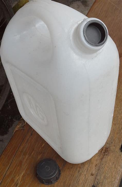 Minyak Zaitun Merk Oval selatan jaya distributor barang plastik furnitur surabaya indonesia