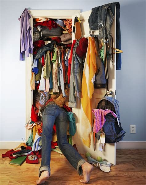 closet cleaning how to take of your closet smart on the go