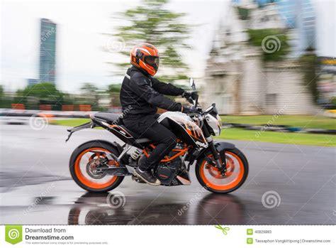 Bkk To Ktm Unidentified Test Driver Ktm Duke 390 Editorial Stock