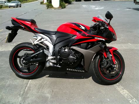 cbr 600 black 2007 honda cbr600rr red www imgkid com the image kid