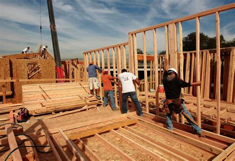 building new home building a custom home here s how many people it takes to
