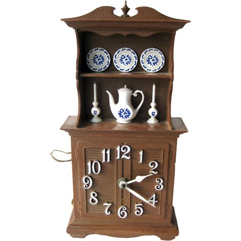 Retro Style Home Decor by Spartus Kitchen Duncan Phyfe Style Hutch Clock Vintage
